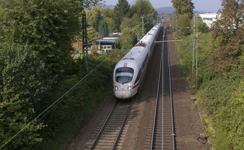 Was die Züge so bewegt ... 403_xx10