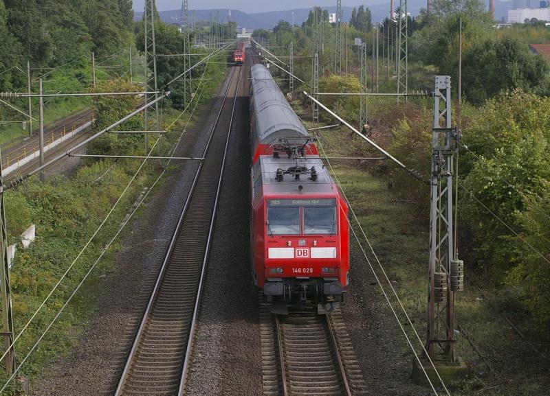 Was die Züge so bewegt ... Imgp0213