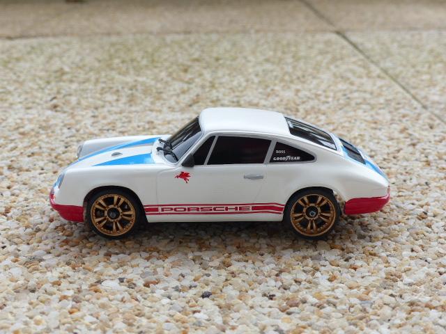 Porsche 911 S/T 94 mm ( terminée ) P1020858
