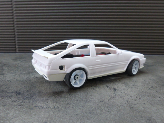 autoscale toyota AE86 ( terminée ) P1020926