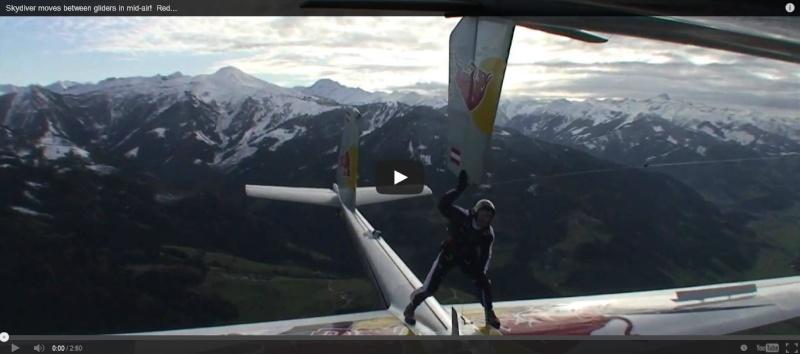 Cascadeurs dans le ciel... Skydiv10