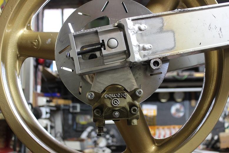 Prépa Kawa 750 GPZ 83 pour la Vitesse en Moto Ancienne - Page 9 Ph10_i14