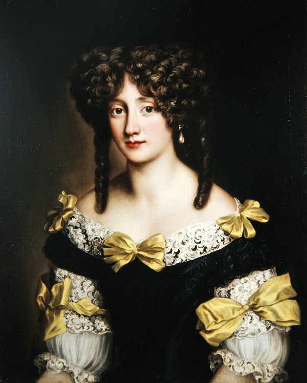 [Histo] Robe 1660 noire et or Horten11