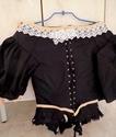 [Histo] Robe 1660 noire et or Dscn3119