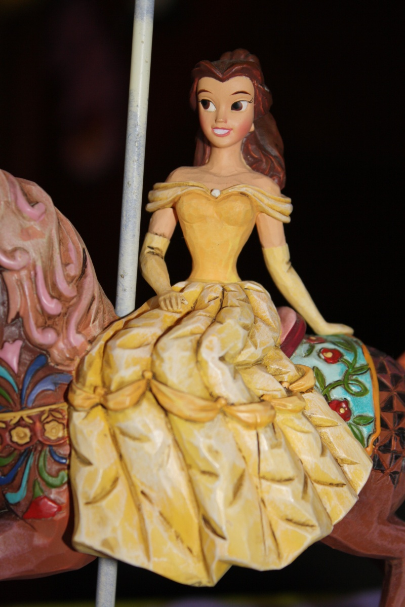 Disney Traditions by Jim Shore (sold out) - Page 2 Img_0412