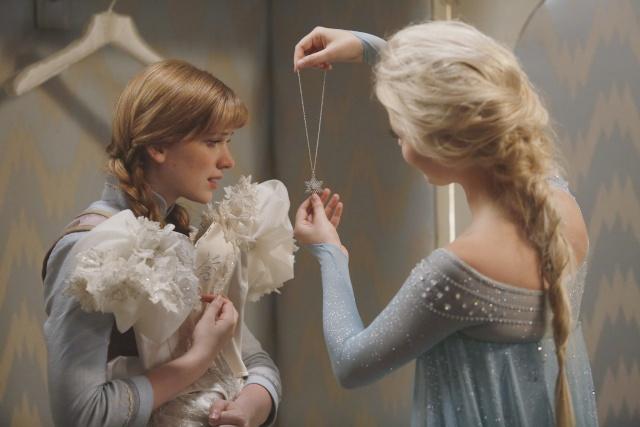 Frozen dans la saison 4 de Once Upon a Time  - Page 9 Elsa-a10