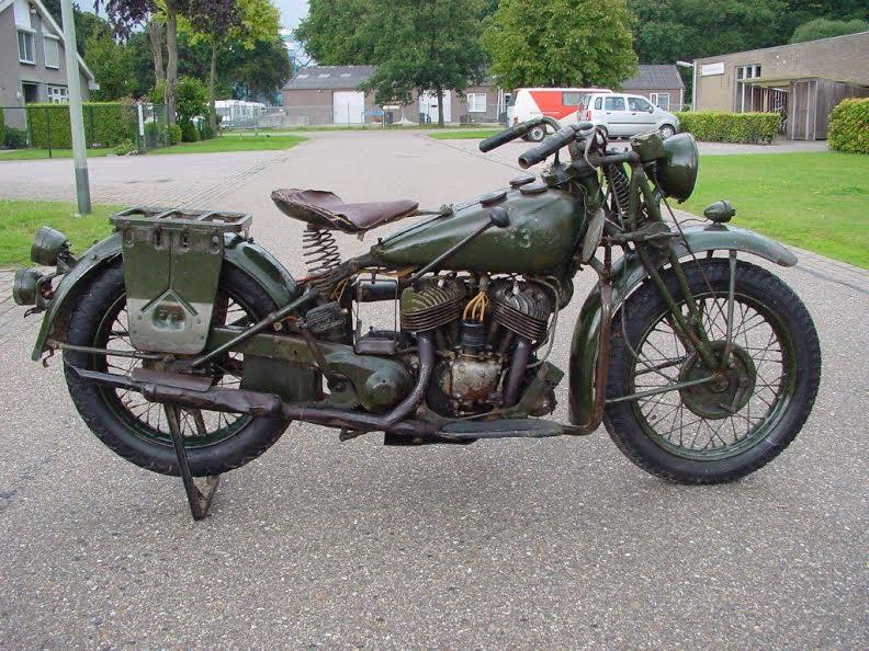 les motos du debarquement Indian10