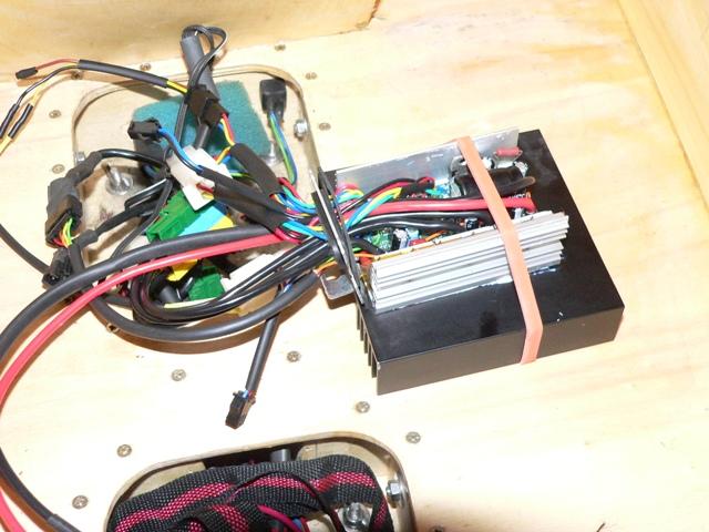 Modification controleur Sinus S06S  36V-17A ->  60V-55A P1160410