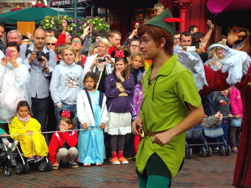 Vos photos avec les Personnages Disney - Page 4 Parade15