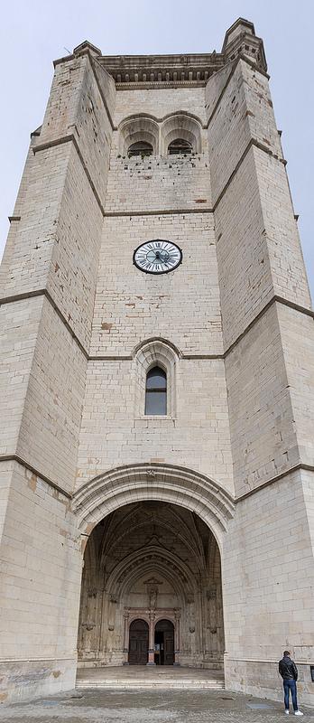 Edifices religieux et apparentés - Page 3 27666410