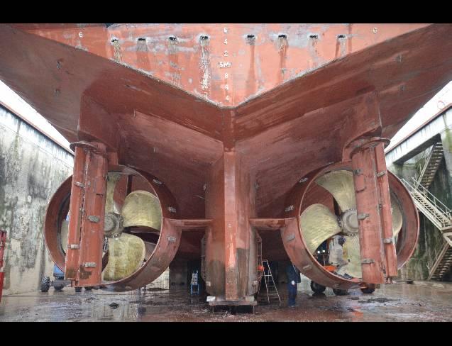 Smit London 1/75 de Billing Boat  Pho0610