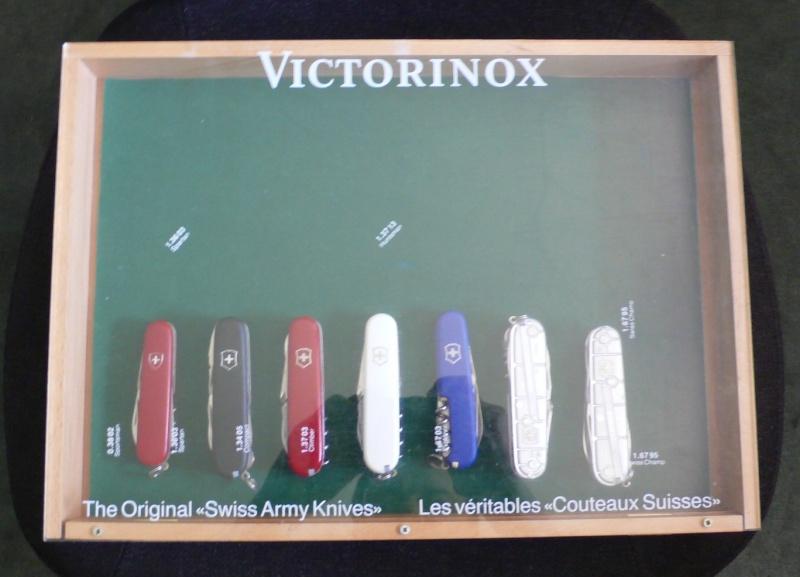 Présentoir Victorinox Presen10