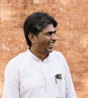 14 MILLIONS DE SANS-TERRES INDIENS MARCHENT DERRIÈRE LE NOUVEAU GANDHI 177