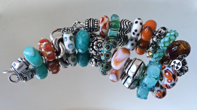 Show us which bracelet you have worn in December! - Page 2 2014-112