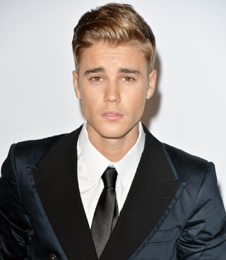 Justin Bieber Weight and Height, Size | Body Measurements Justin11