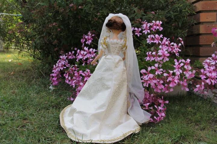 Les poupées mariées - Page 4 Img_1813