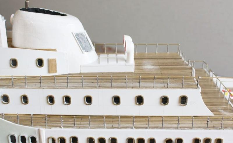 """Vom Kartonmodell 1:250 zum RC schwimmfähigen Modell 1:100 """"SANTA INES"""" - Seite 15 Unbena28"""