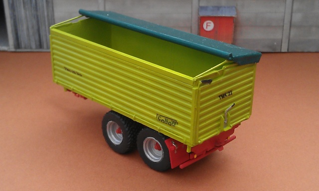 CONOW Modell-Anhänger Imag0613