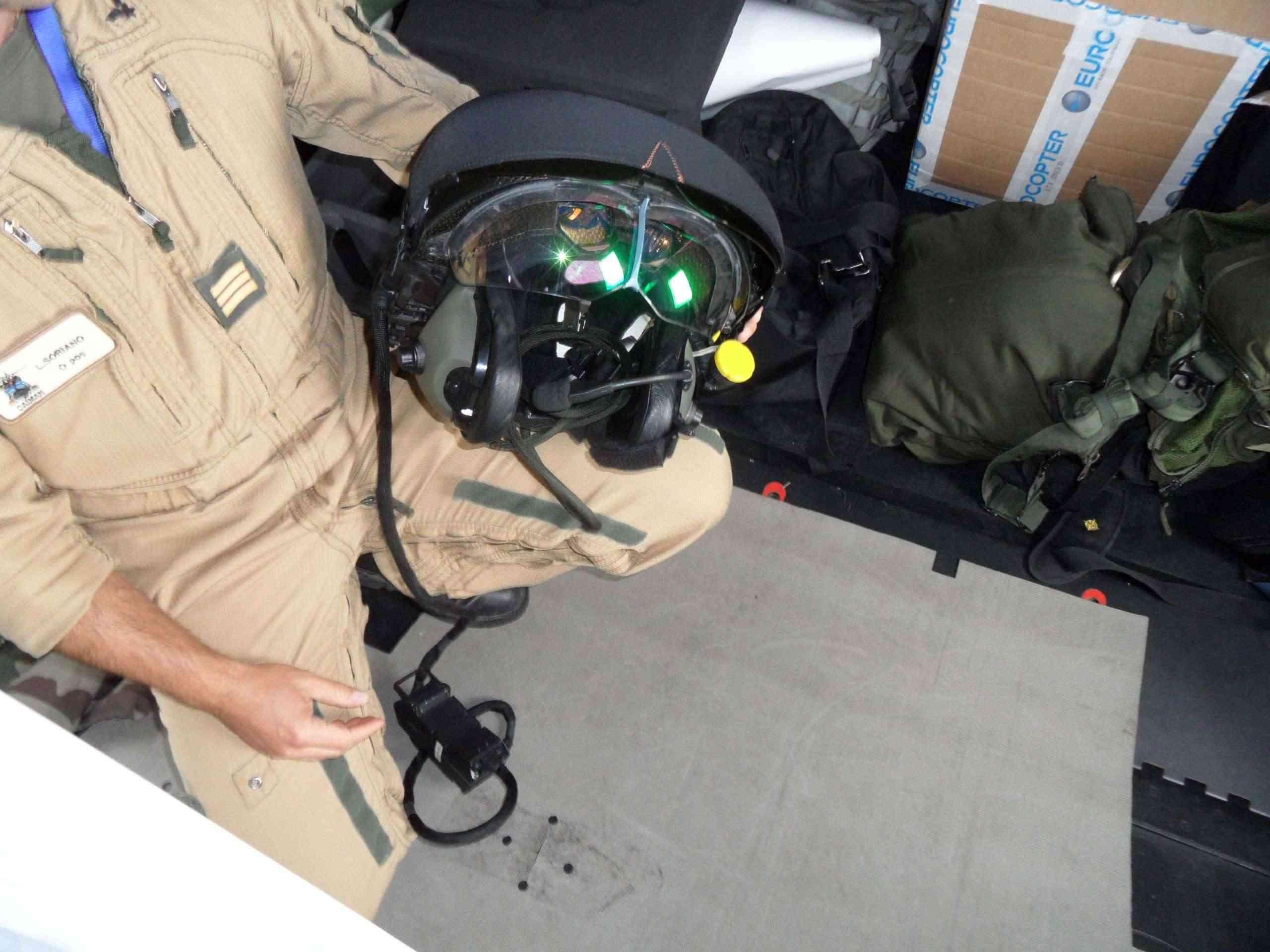 [Aéronavale divers] Hélico NH90 - Page 4 Sam_1310