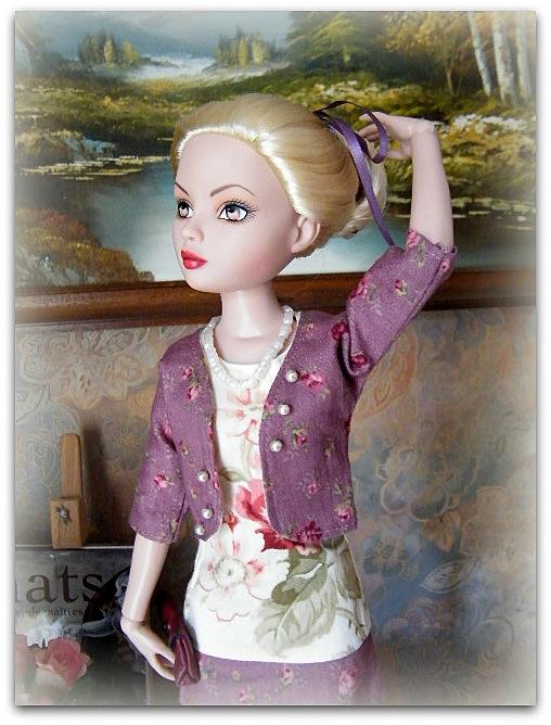 Mes poupées Ellowyne Wilde. De nouvelles photos postées régulièrement. - Page 7 00928