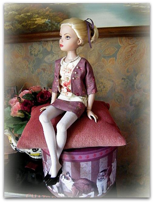Mes poupées Ellowyne Wilde. De nouvelles photos postées régulièrement. - Page 7 01923