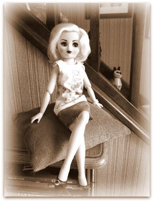 """Poupée américaine Rini """"Elegance"""" de chez Horsman. - Page 2 020-0010"""