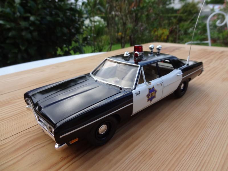 1970 Ford Custom SFPD ** Terminée ** - Page 4 217