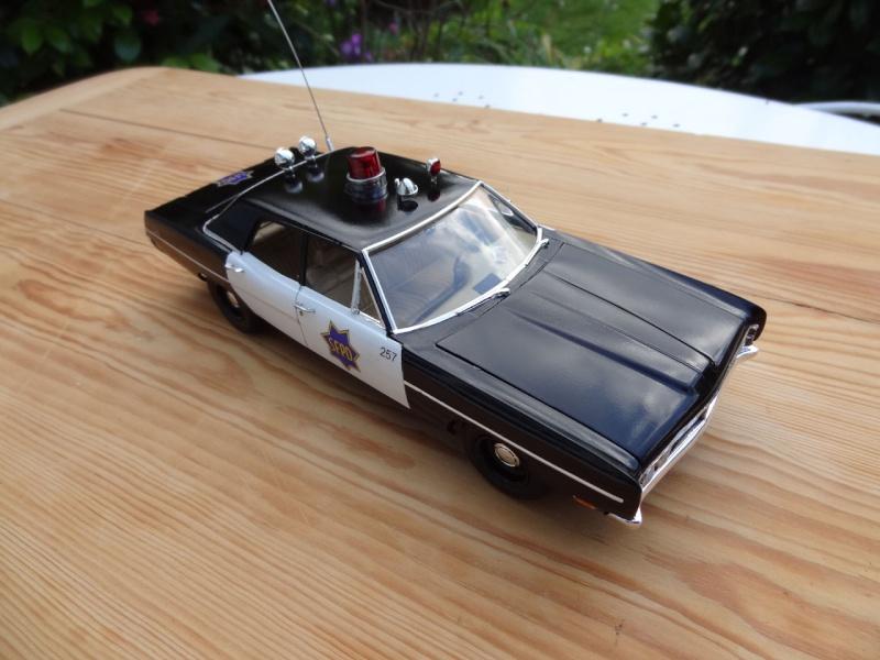 1970 Ford Custom SFPD ** Terminée ** - Page 4 417