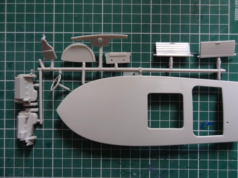 AMT Customizing boat  821