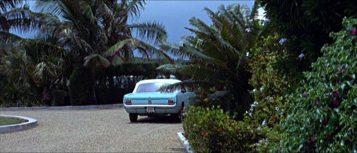 1965 Mustang convertible ** Terminée **  Thunde11