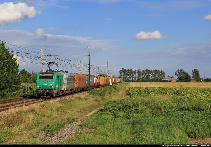 Photos et vidéos de la ligne Bordeaux - Toulouse - Narbonne - Sète (Fil 3) - Page 23 Img_1011