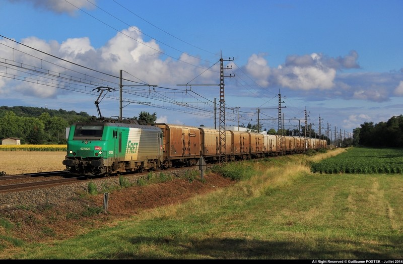 Photos et vidéos de la ligne Bordeaux - Toulouse - Narbonne - Sète (Fil 3) - Page 21 Img_9210