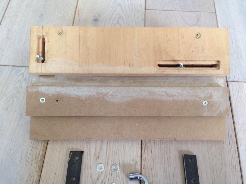 Un gabarit à mortaise petit format pour tout petit atelier Photo310