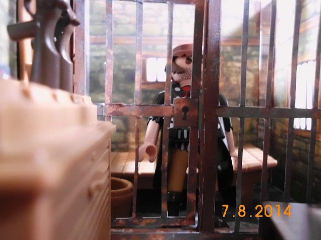 Sheriffbüro + Gefängnis von Papermau - Fertig und Galerie 10c10