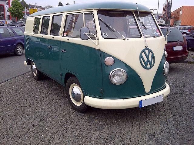 "VW Bus T1 - ""Auf dem Parkplatz schnappgeschossen""  110"