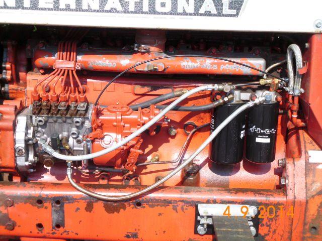 "Traktor International 1066 Farmall ""Angry Betty"" - Schnappschuss in Viersen 452"