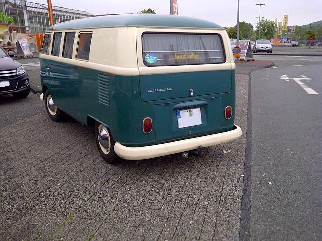 "VW Bus T1 - ""Auf dem Parkplatz schnappgeschossen""  610"