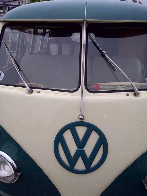 "VW Bus T1 - ""Auf dem Parkplatz schnappgeschossen""  910"