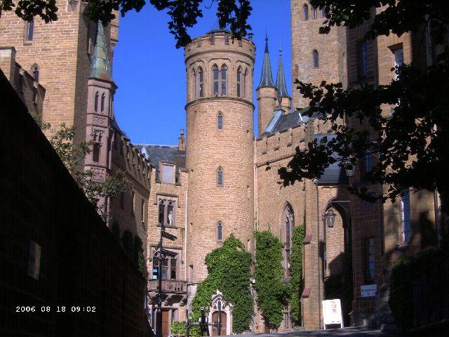 Burg Hohenzollern kleiner Rundgang 2006 vom Admin Pict0414