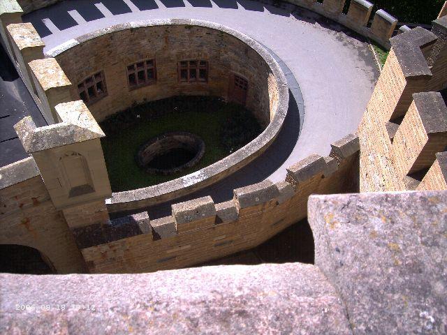 Burg Hohenzollern kleiner Rundgang 2006 vom Admin Pict0420