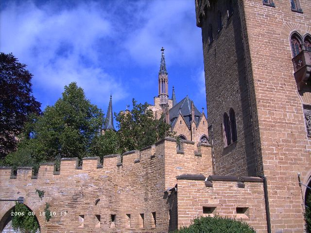 Burg Hohenzollern kleiner Rundgang 2006 vom Admin Pict0422