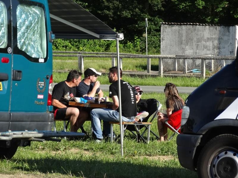 [Sorties] Café Racer Festival. Montlhéry 21 et 22 jui 2014. - Page 2 Dsc03039