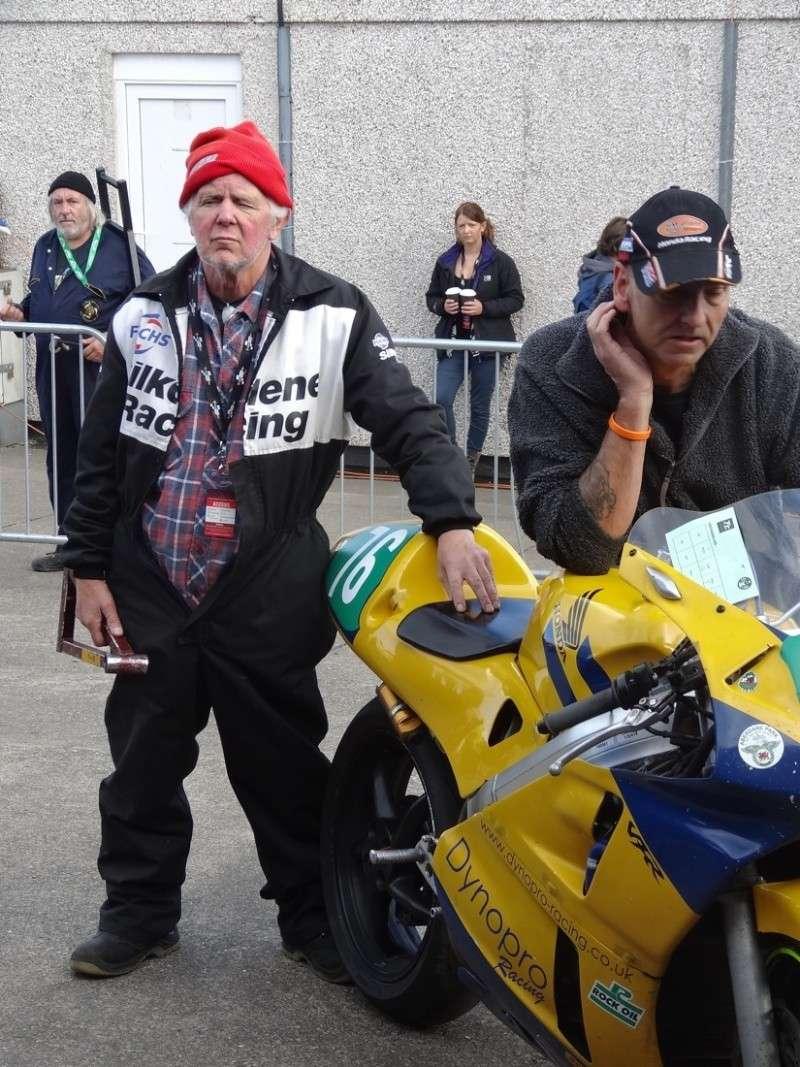 [Road Racing] Classic TT 2014 - Page 4 Dsc03723