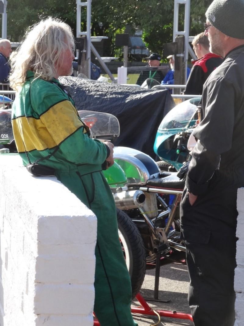 [Road Racing] Classic TT 2014 - Page 4 Dsc03829