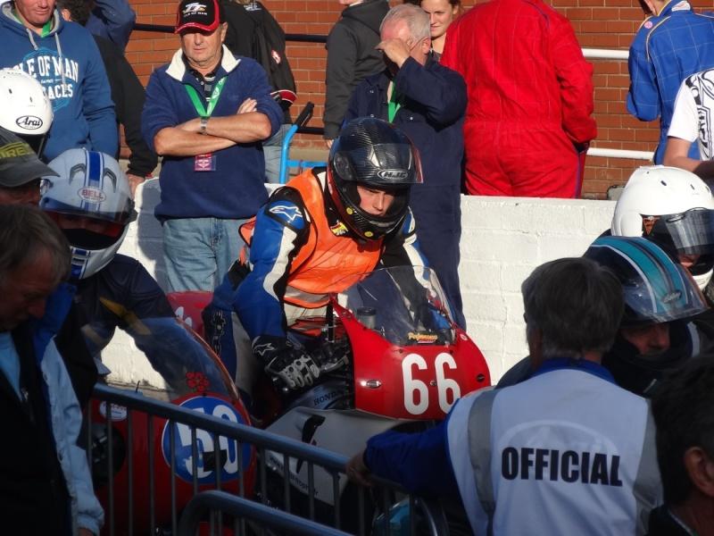 [Road Racing] Classic TT 2014 - Page 4 Dsc03845