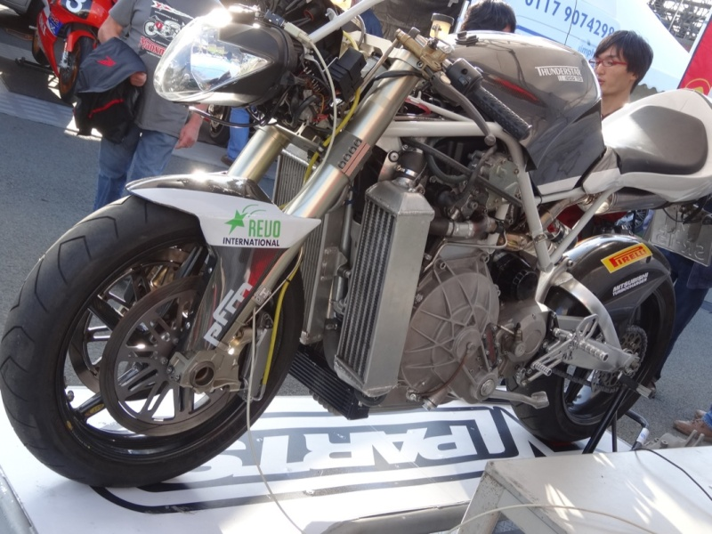 [Road Racing] Classic TT 2014 - Page 4 Dsc03849