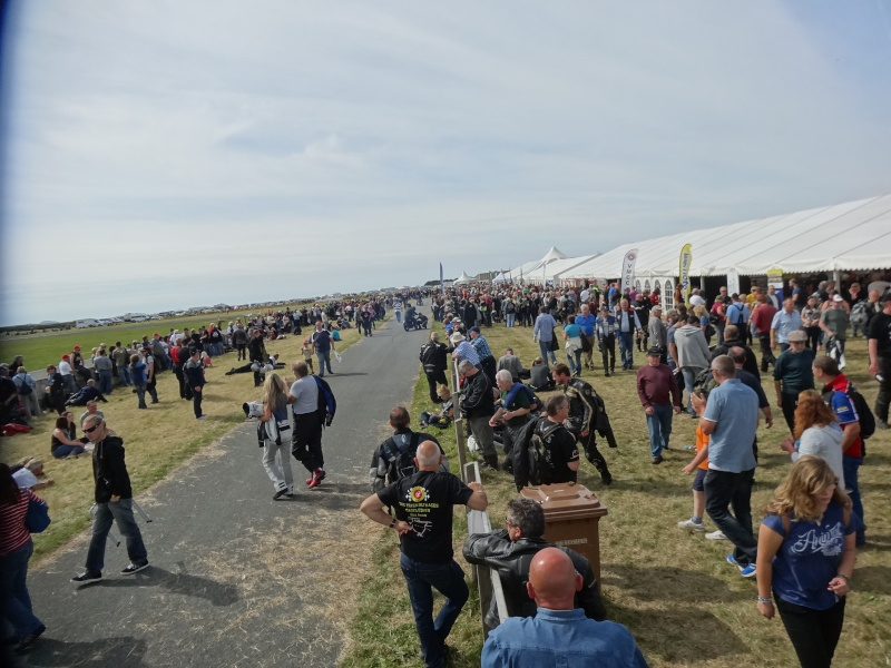 [Road Racing] Classic TT 2014 - Page 2 Dsc04019