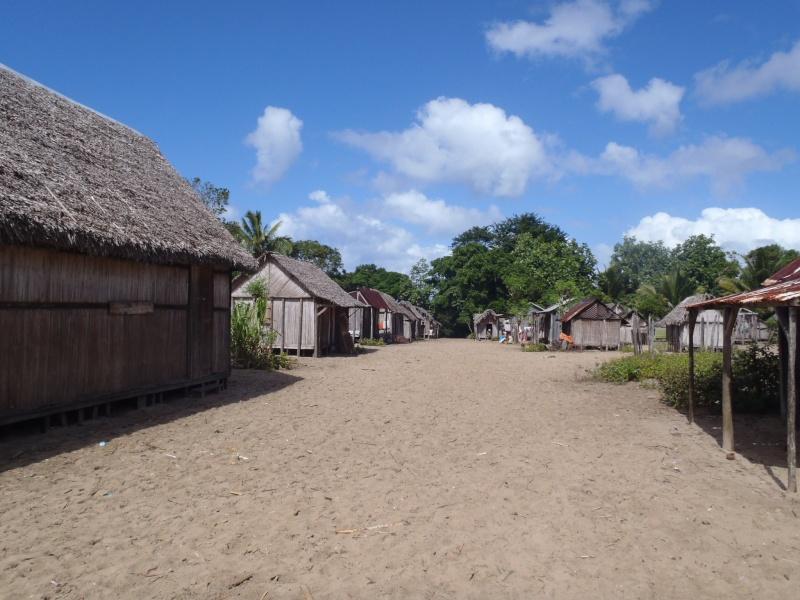 [Madagascar] Souvenir de l'ile St Marie P7105510