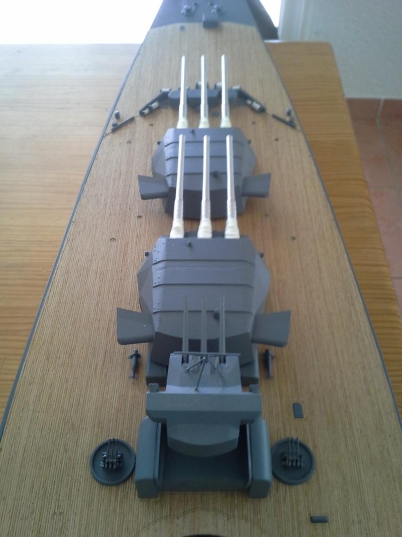 YAMATO 1/200 NICHIMO RC 2eme partie - Page 7 Yamato27