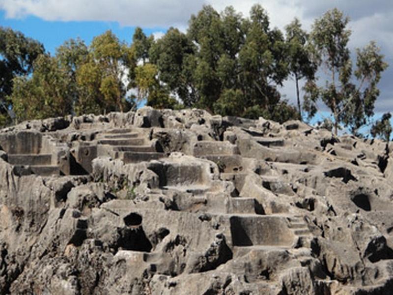 un site touristique par blucat (30juillet)trouvé par ajonc Sans_t32